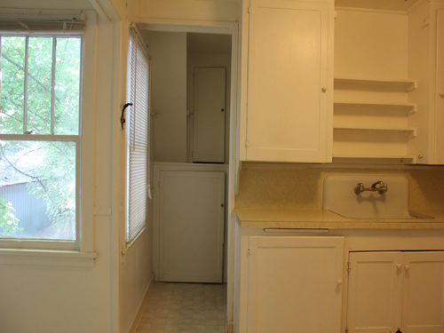 A one-bedroom apartment at the Fourplex on 328 S.Lilly St., #4