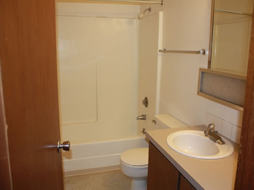 A two-bedroom at The Laurel Apartments, 1585 Turner Drive, apartment 20 in Pullman, Wa