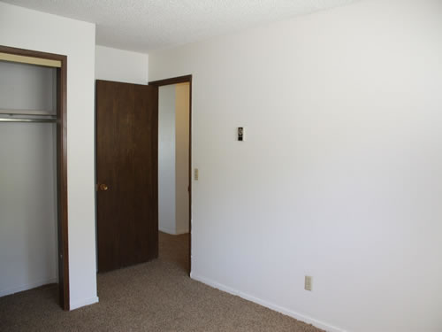 A two-bedroom at The Valley View Apartments, 1325 Valley Road NE, apartment 40 in Pullman, Wa